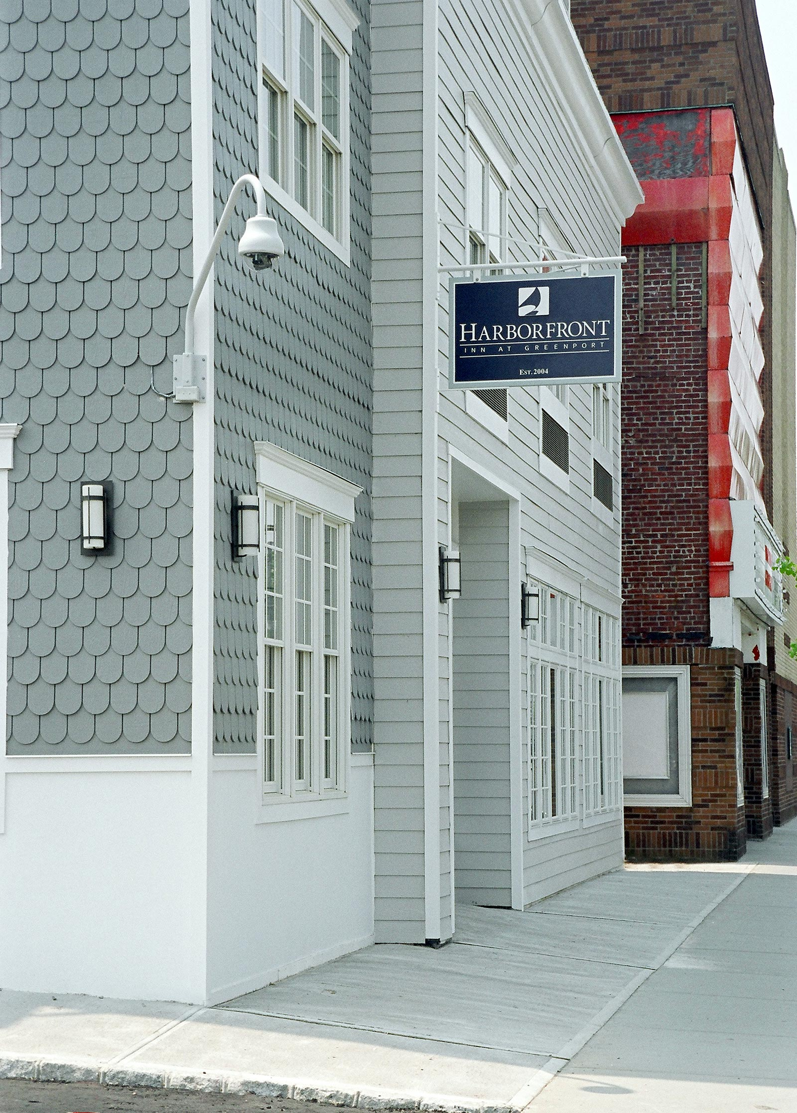 Side View of Harborfront Inn building